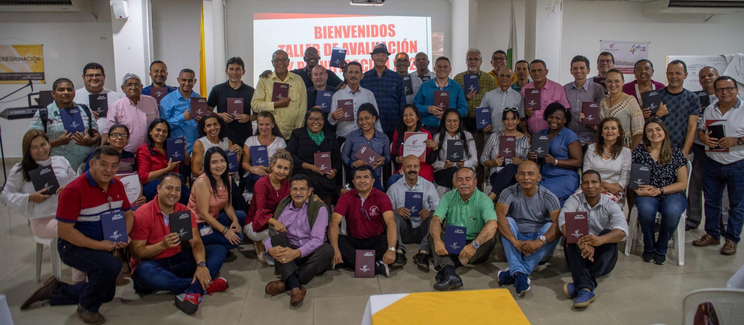 Equipo de Evangelistas de CCC en las prisiones de Colombia